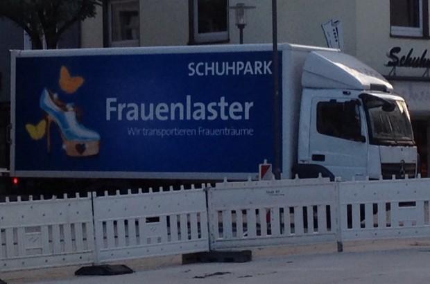 Schuhpark Frauenlaster